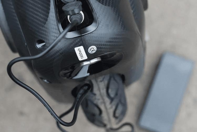 Charging Unicycle